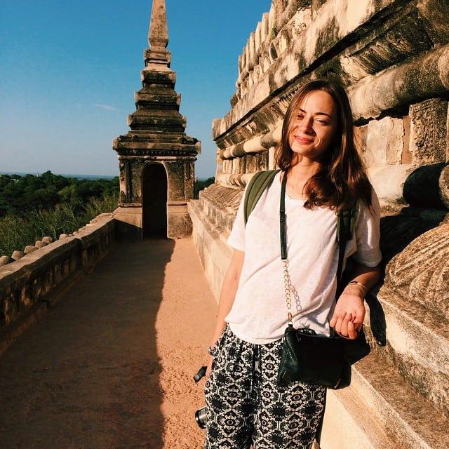 Эта девушка путешествует по миру, тратя всего $ 9 в день