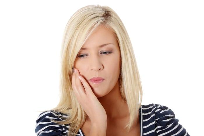 Как быстро снять зубную боль?