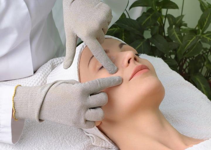 6 глупых мифов о макияже и уходе за кожей