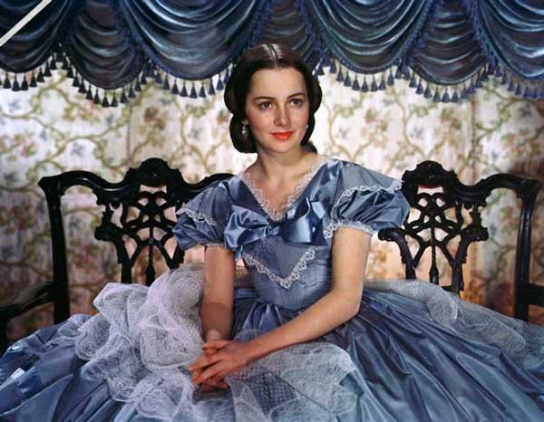 """Актрисе из """"Унесенные ветром"""" исполнилось 100 лет. Только посмотрите на неё!"""