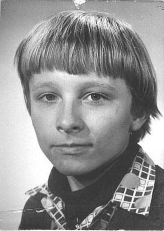 Детские фотографии российских звезд. Пугачеву вообще не узнать!