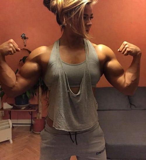 Мускулистые женщины. Как вам такое тело?