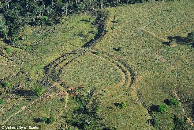 """На Амазонке нашли таинственные древние """"узоры"""" на земле"""