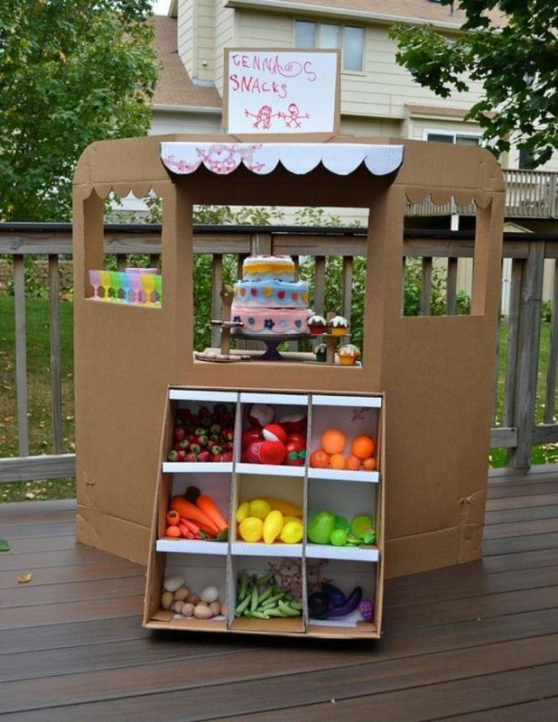 Интересные идеи развивающих игрушек из картона!