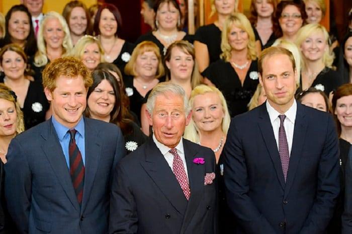 Так вот какая фамилия у королевской семьи Великобритании. А многие и не знали!