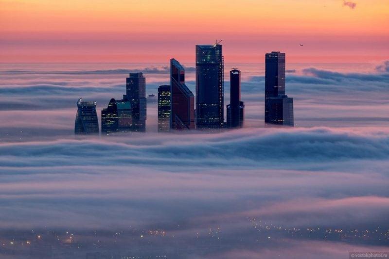 19 фотографий Москвы, окутанной туманом