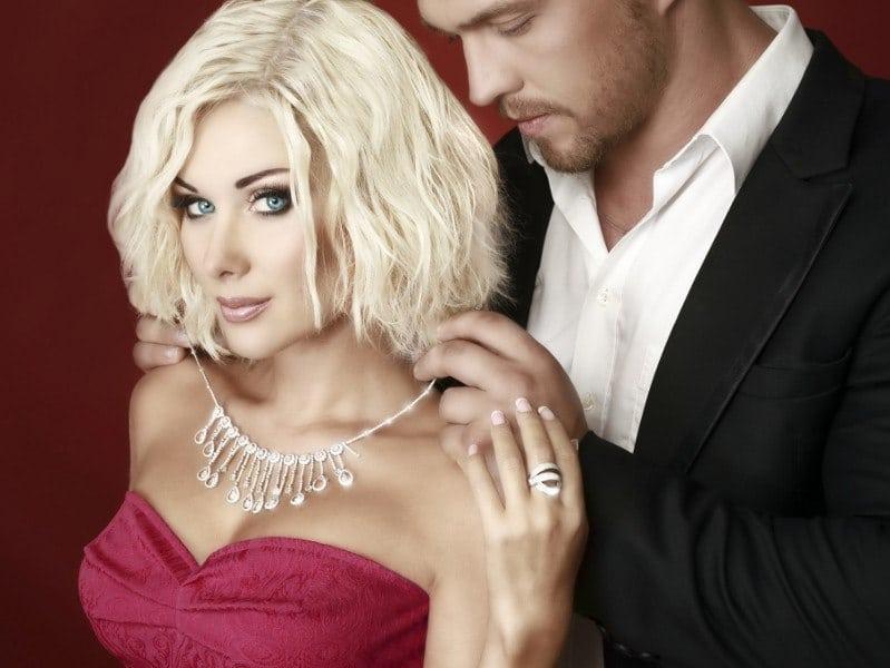 Чем больше денег тратишь на любимую женщину, тем удачливее и богаче становишься сам!
