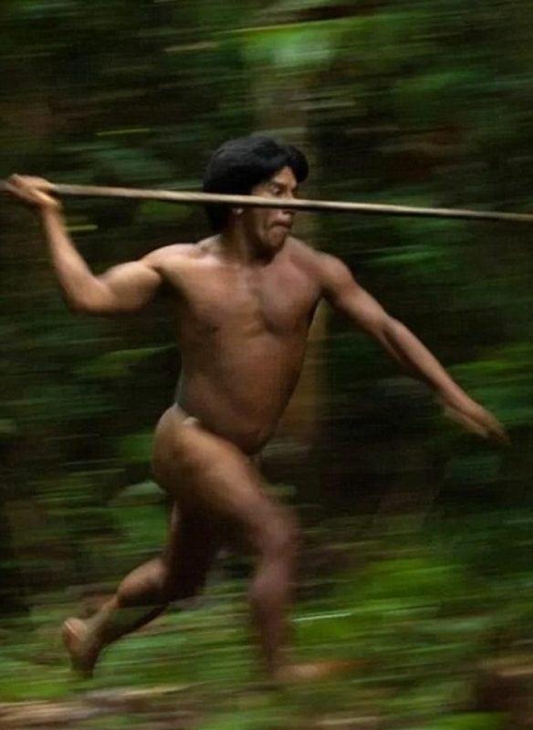 Фотографии 21 века. Реальное племя, которое живет по законам джунглей!