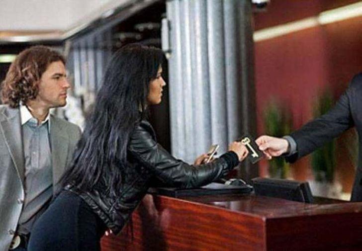 Гостиница выставила им бешеный счет в 145000 рублей! Ответ жены бесподобен!