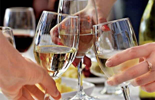 Как справиться с похмельем и быстро вывести алкоголь из организма?!