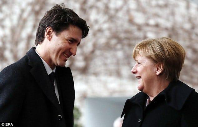 Канадский премьер-министр покоряет женские сердца. Только взгляните на этого красавчика!