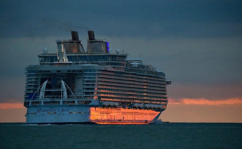 Круизный лайнер «Harmony of the Seas» – описание и фото