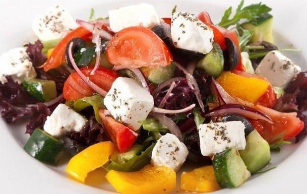Семерка полезных и вкусных салатов без добавления майонеза!