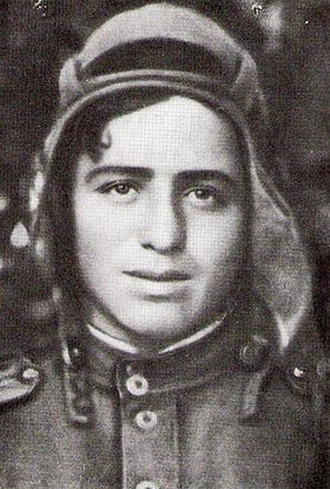 Стихи 19-летнего танкиста, которые он написал во время войны. Такого вы не увидите в школьной программе