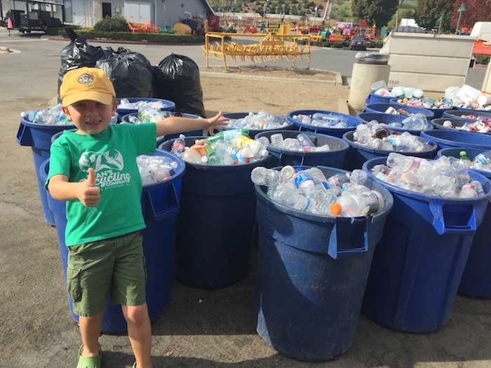 В 7 лет он основал свою компанию по переработке отходов и заработал 10000 долларов!