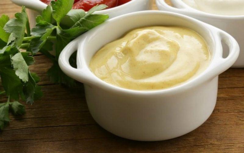 Вкусные соусы для салатов