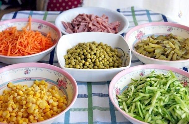 Вкусный весенний салат. Приготовление займет 15 минут!