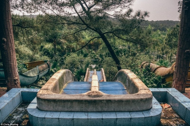 Всеми забытый аквапарк во Вьетнаме
