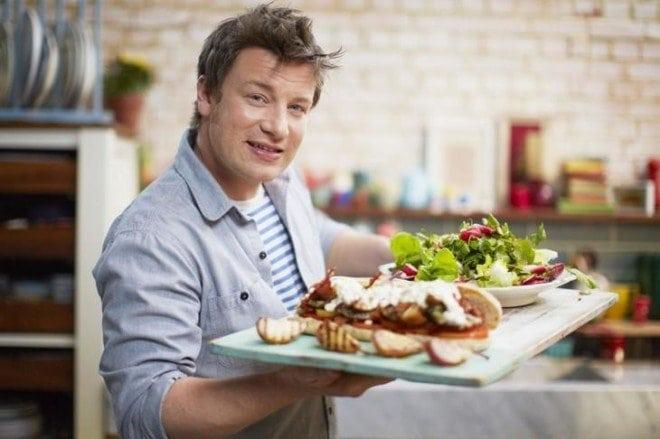 Всемирно известный шеф повар выиграл суд против МакДональдс и доказал, что их еду нельзя есть!