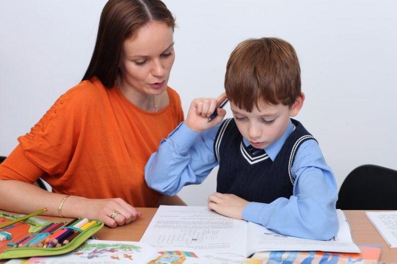 Я обращаюсь ко всем родителям: «Перестаньте делать уроки со своим ребенком!»