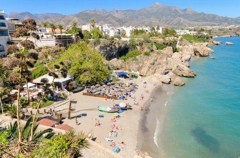 Лучшие пляжи Испании с белым песком