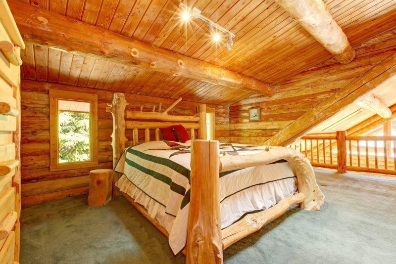 30 уютных домиков в лесу, куда хочется уехать и остаться в тишине