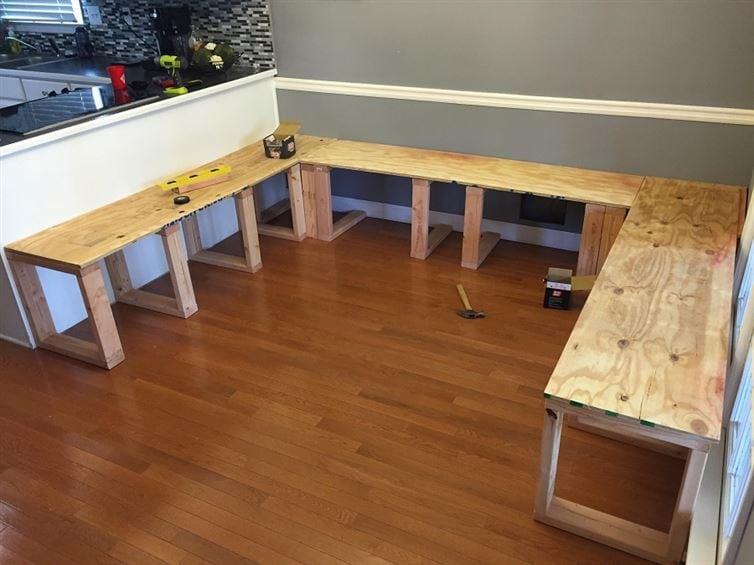 Из старой столовой он сделал великолепную зону для обеда!