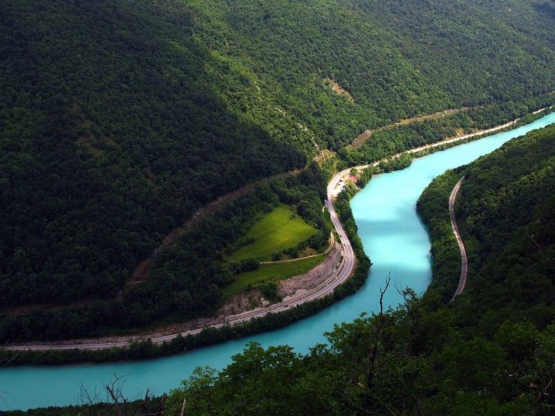 """""""Изумрудная красавица"""" - самая красивая река в мире"""