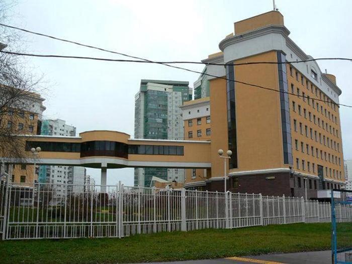 Как живут Пенсионные Фонды: 33 шикарных здания