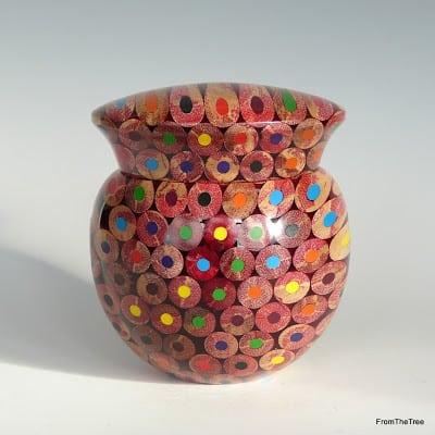 Классные изделия из цветных карандашей