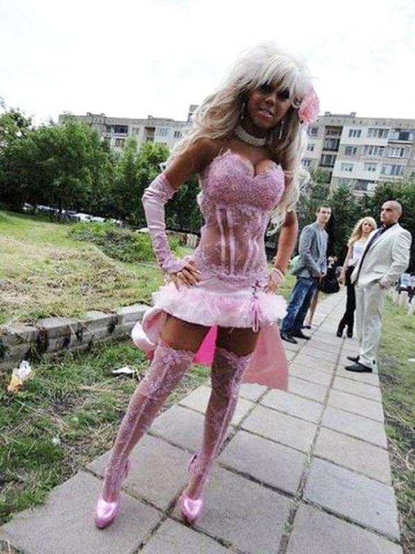 ТОП 23 самых непристойных наряда на Выпускной