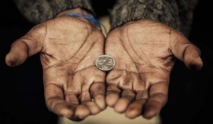Вы всю жизнь будете бедными, если не избавитесь от этих вредных привычек