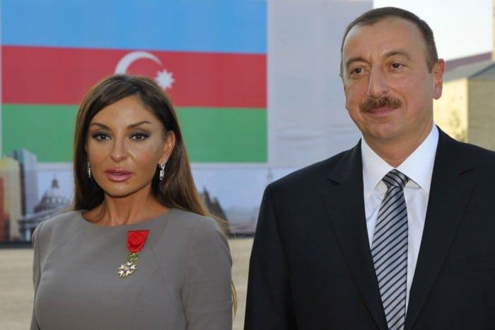 Жены современных диктаторов: кого выбирают авторитарные лидеры?