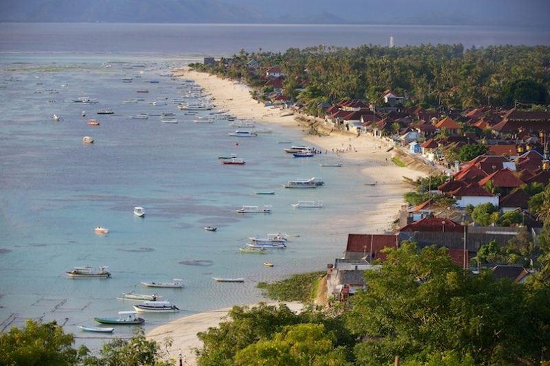 10 прекрасных островов возле Бали