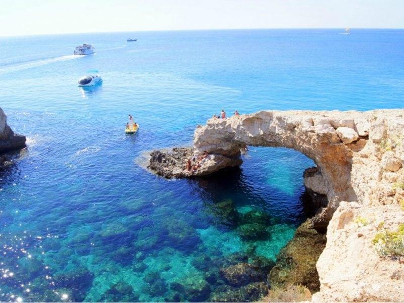 Прошел год как я переехал из Москвы на Кипр. Этот год полностью изменил мою жизнь...