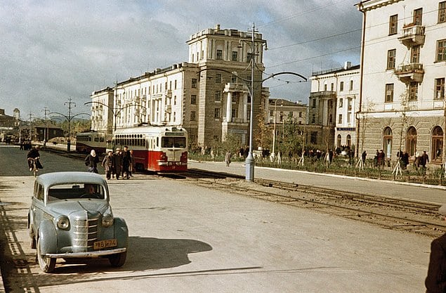 20 уникальных цветных снимков из жизни СССР 50-х годов