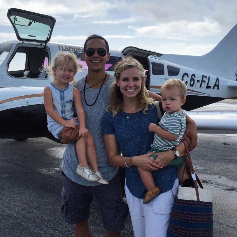 25-летний миллионер продал свой бизнес ради путешествия с семьей