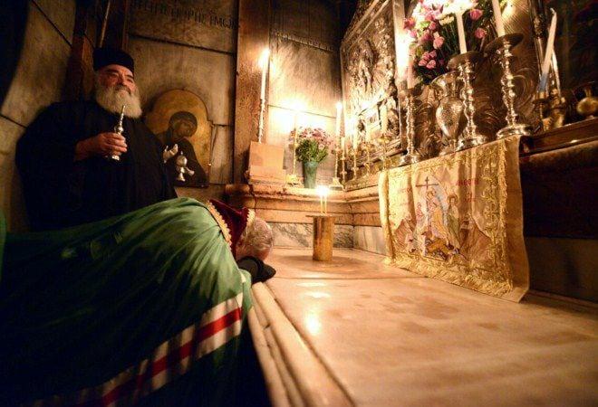 Исследование Гроба Господня и раскрытие тайны Благодатного огня в Иерусалиме