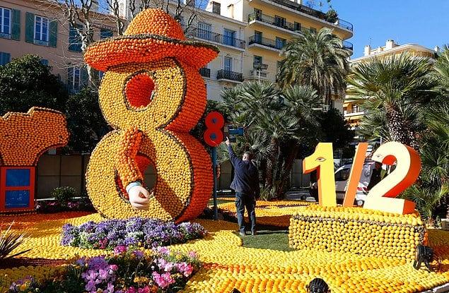 Большой лимонный фестиваль во Франции