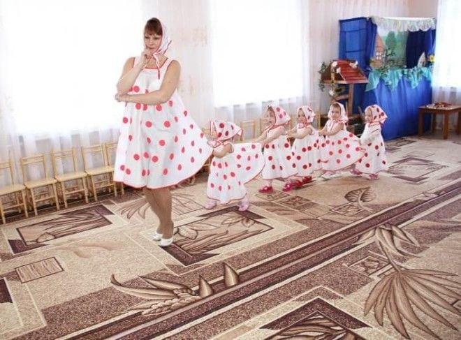 Фантазия мамы безгранична: 16 забавных костюмов на детских утренниках