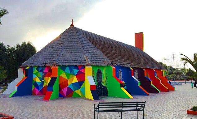 Художник из Испании расписал стены заброшенной церкви