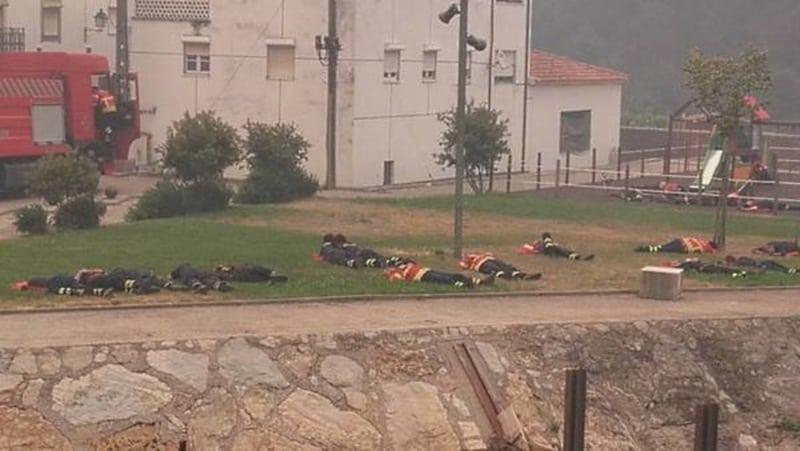 Парень сфотографировал пожарных, которые спали на рабочем месте. Такого резонанса не ожидал никто!