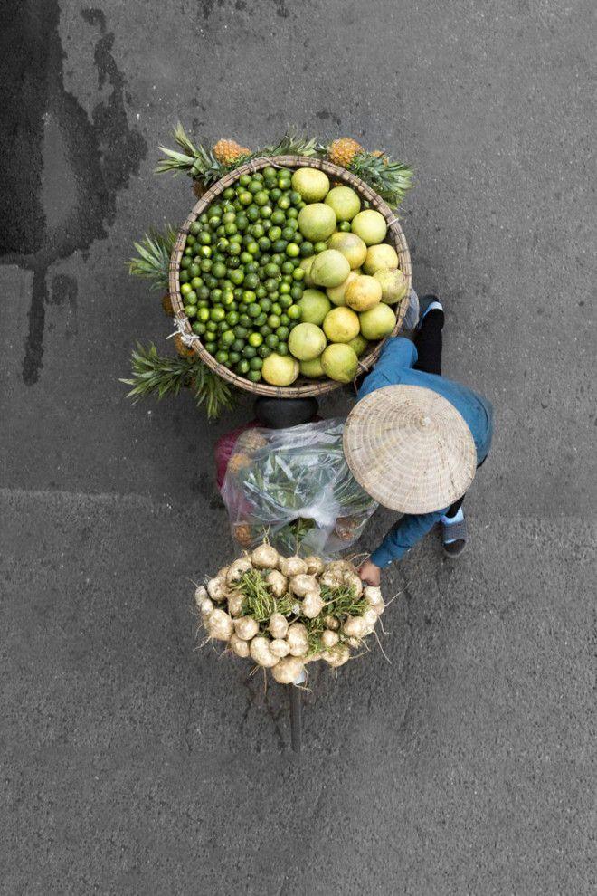Прекрасный фотопроект с участием уличных торговцев из Вьетнама