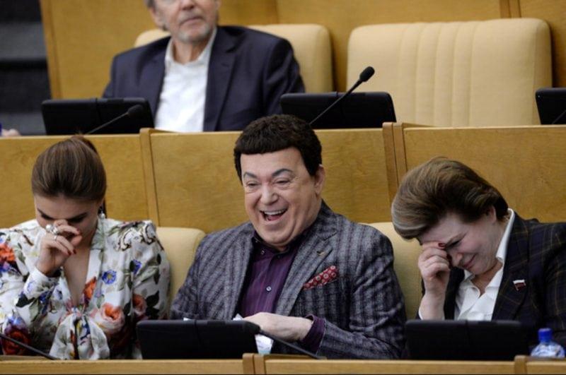 депутаты подняли зарплату