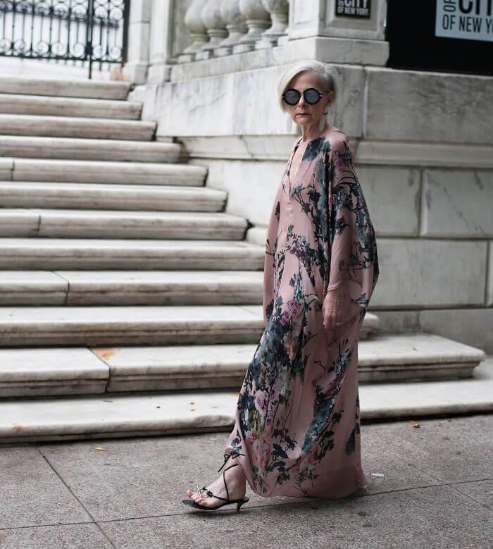Язык не поворачивается назвать её бабушкой! В свои 63 она даст фору любой модели