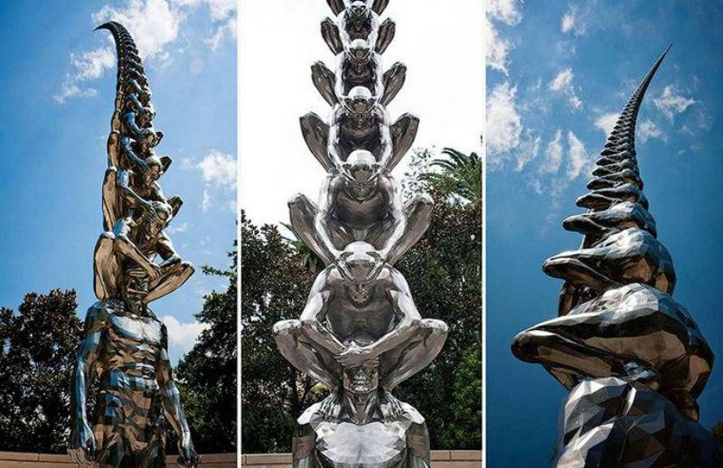 19 памятников, выполненные вопреки законам физики