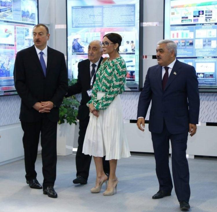 Битва жен президентов: Первая леди США против первой леди Азербайджана. Кто из них самая стильная?