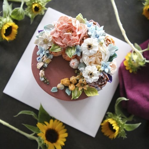 Это реальные торты, которые жалко есть ведь они такие потрясающие!