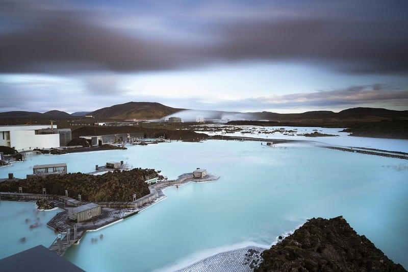 Голубая лагуна - самая потрясающая достопримечательность Исландии