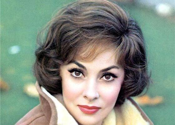 Итальянская актриса, которая является эталоном красоты. Сегодня ей уже 90 лет и она по прежнему прекрасна!